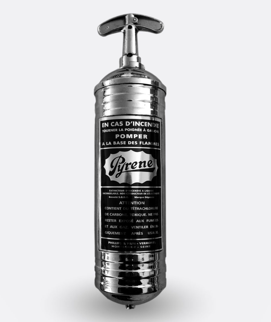 Pyrene Fire Extinguisher Sticker FR (silver)